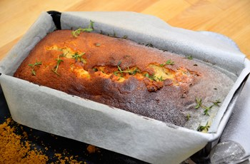 Ballı Cevizli Taze Kekikli Kek