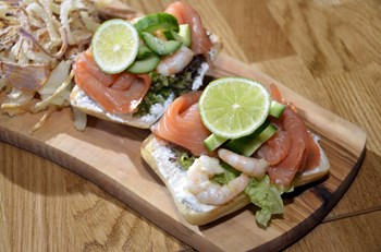 Deniz Mahsullü Sandviç