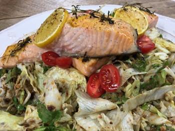 Erik Soslu Somon Salatası