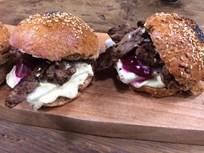 Etli ve Pancarlı Sandviç