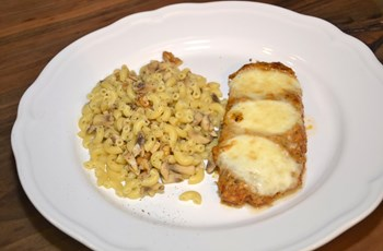 Parmesanlı Tavuk (Cevizli ve  Mantarlı Pipette ile)