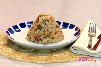 Saraylı Pirinç Pilavı Tarifi