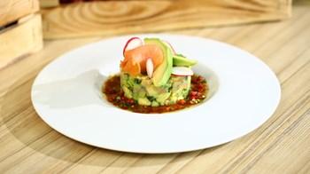 Somon Füme Salatası Tarifi