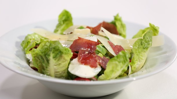 3 Peynirli Bresaola Salata