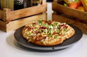 Alfredo Soslu Tavuklu Pizza