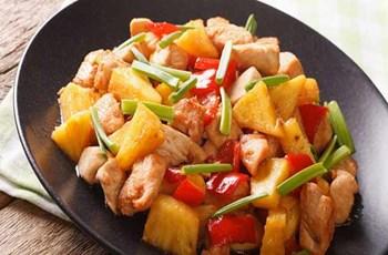 Kaya Koruklu-Ananaslı Tavuk
