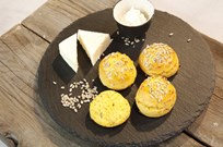 Balkabaklı ve Parmesanlı Kekikli Scone Tarifi