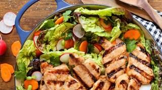 Bal ve Soya Soslu, Susamlı Bonfile Salatası