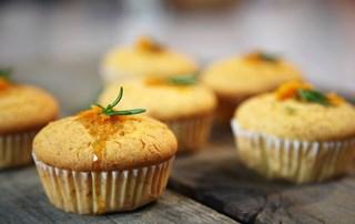 Biberiye ve Portakallı Mısır Ekmeği Tarifi