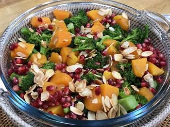 Brokoli, Balkabağı ve Narlı Salata