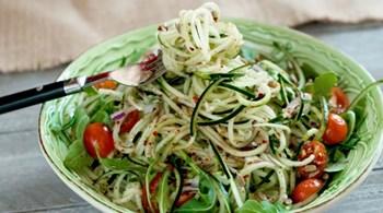 Çengelköy Salatalıklı Noodle