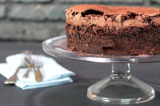 Çikolatalı Mereng Kek