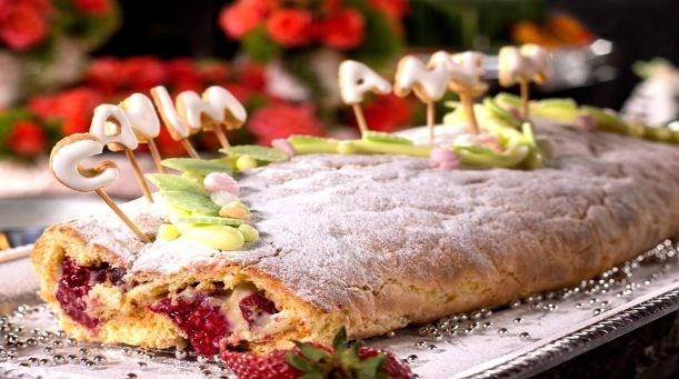 Çilekli Frambuazlı Rulo Pasta