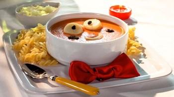 Çılgın Saçlı Çocuk Domates Çorbası
