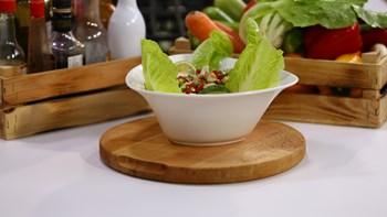Ekşili Tavuk Salatası Tarifi