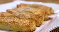 Dil Peynirli ve Enginarlı Börek