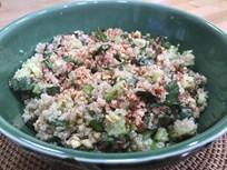 Fındık ve Fesleğenli Kinoa Salatası