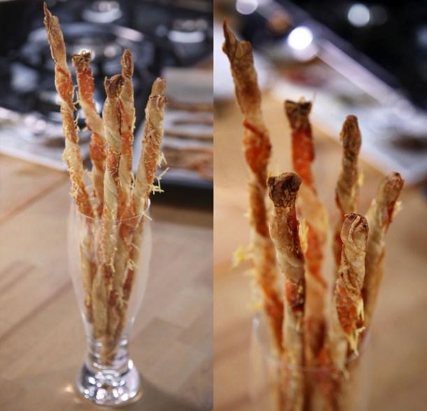 Füme Somon ve Parmesanlı Milföy Çubukları Tarifi
