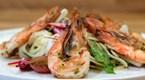 Jumbo Karides, Taze Rezene ve Üzüm Salatası