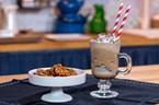 Karamel Kaplı Ceviz & Ice Latte