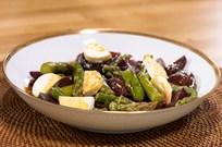 Keçi Peynirli Kuşkonmazlı Pancar Salatası