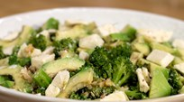 Keçi Peynirli ve Brokolili Salata