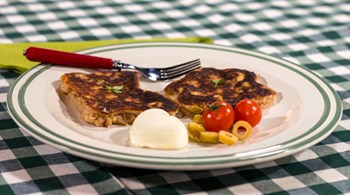 Kızarmış Peynirli Kahvaltılık