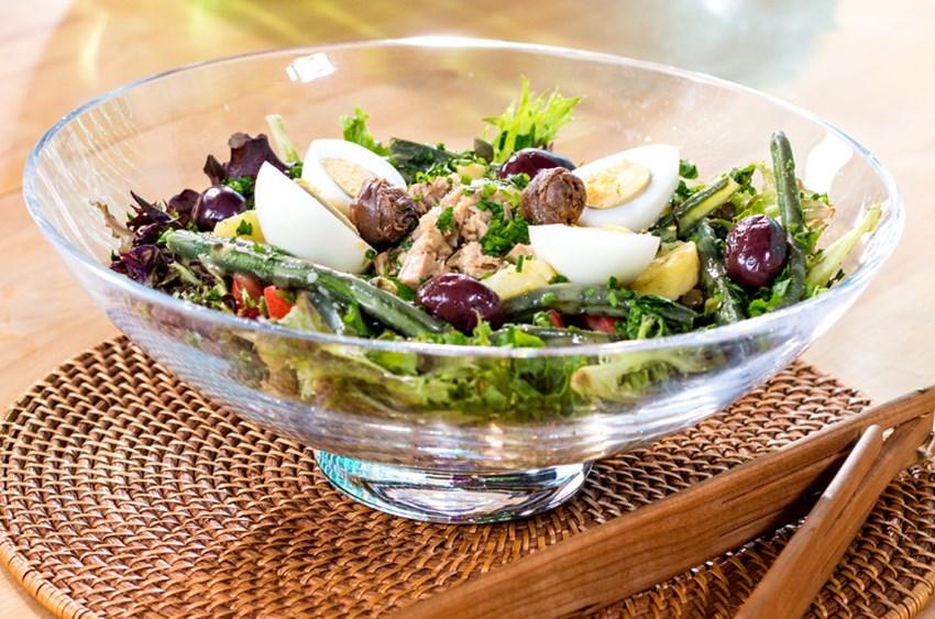 Nisuaz Salatası