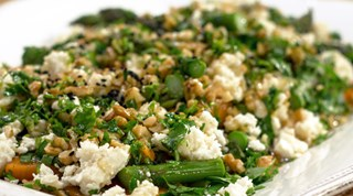 Kuşkonmazlı Tatlı Patates Salatası