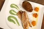 Mandalina Suyunda Uskumru (Kremalı Parmesanlı Ispanak ve Akordeon Patates ile)