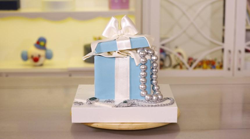 Mücevher Kutusu Temalı Pasta