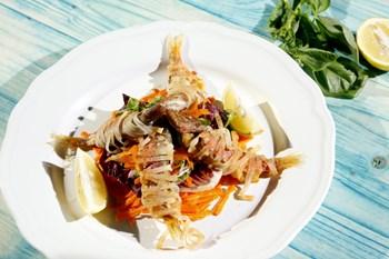 Pirinç Makarnasına Sarılı Barbun Balığı