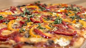 Sebzeli Pizza