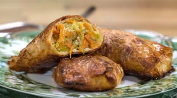 Sebzeli ve Mozzarellalı Börek
