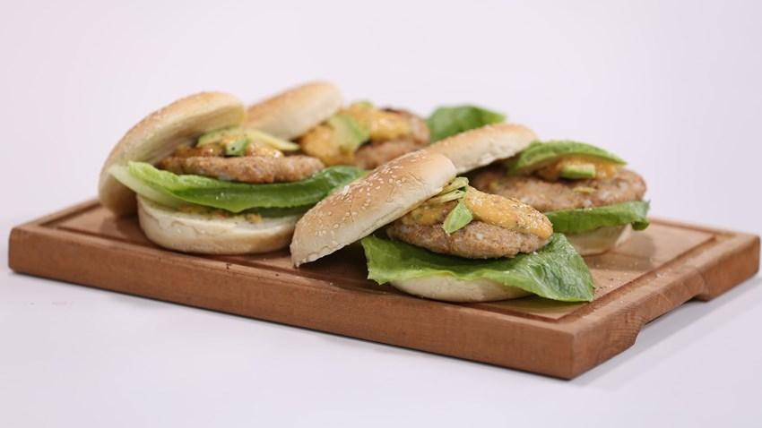 Şeftali Salsalı Burger Tarifi