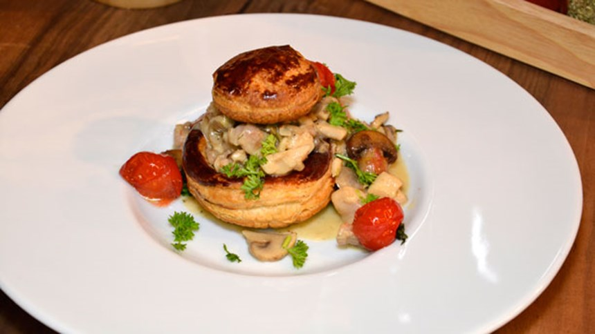 Tavuklu Voluvent (Vol au Vent)