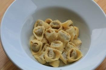 Tortellini Su Crema Di Parmigiano