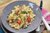 Ton Balıklı Ilık Makarna Salatası